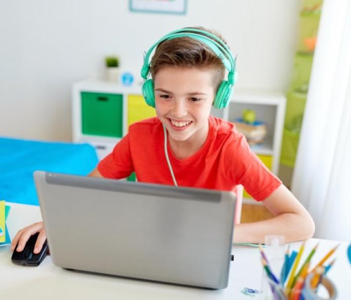 Educação básica online está disponível gratuitamente na quarentena