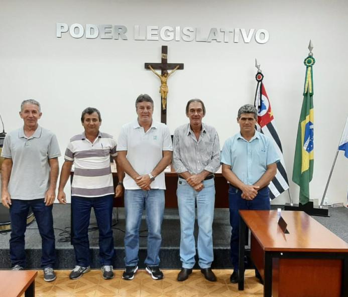 Câmara Municipal de Piquerobi apresenta projeto de resolução com redução salarial dos Agentes Políticos