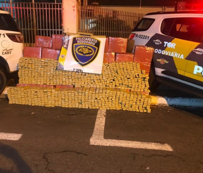 Caminhonete carregada com 1,5 toneladas de maconha é flagrada pela Polícia Rodoviária