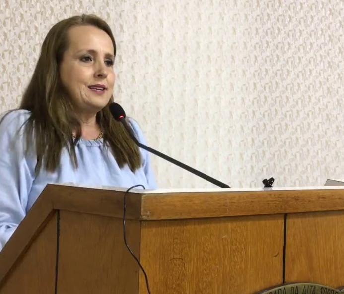 Lucimara Dias é eleita presidente da Câmara de Venceslau