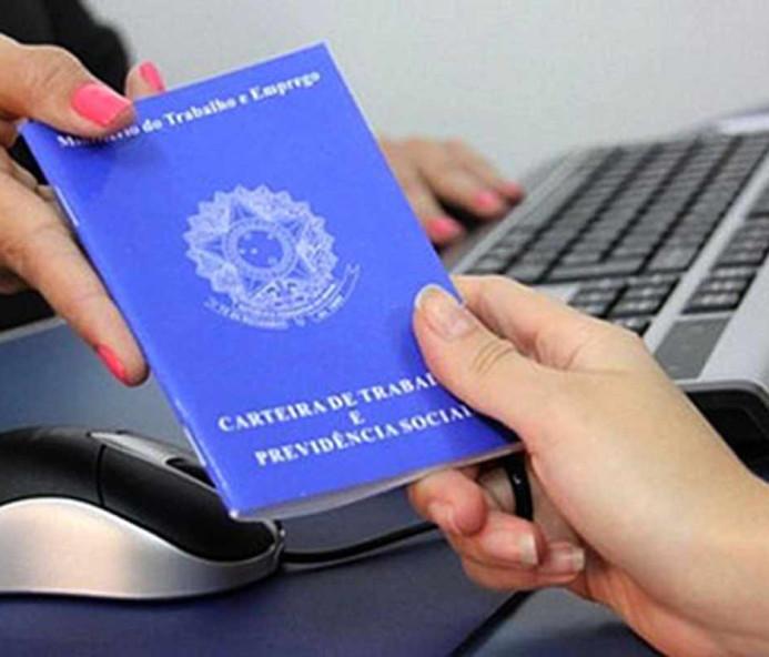 Governo cobrará contribuição previdenciária de quem receber seguro-desemprego