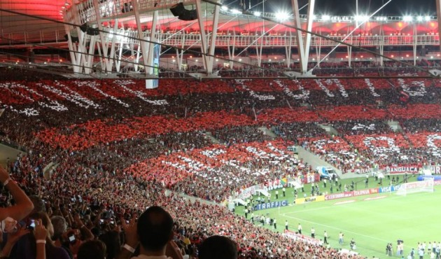 Torcedores do Flamengo invadem Maracanã e provocam tumulto no entorno do estádio