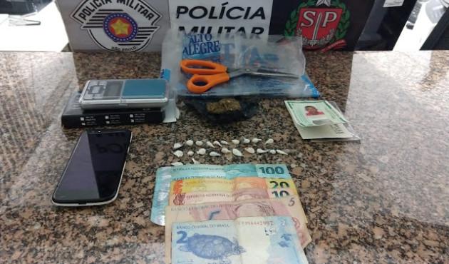 Traficante é preso com porções de crack e maconha em residência de Venceslau