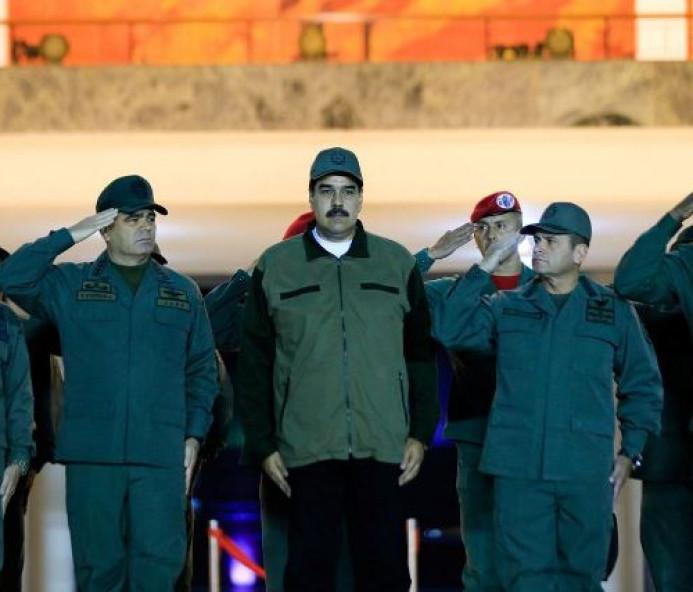 Maduro acusa ex-presidente colombiano de plano para assassiná-lo