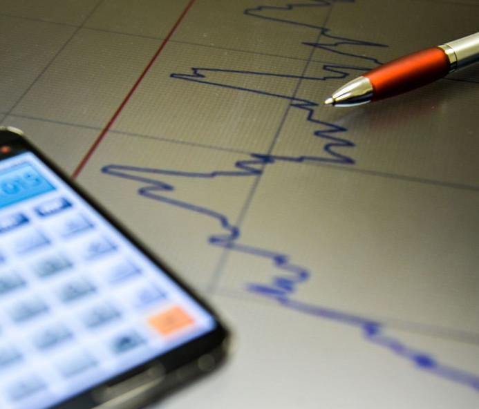 Mercado reduz projeção de crescimento da economia de 2,28% para 2,01%