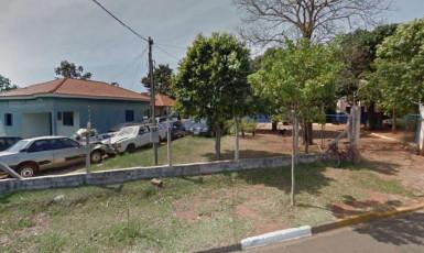 Homem é procurado pela polícia após invadir pátio e resgatar carro apreendido em Epitácio
