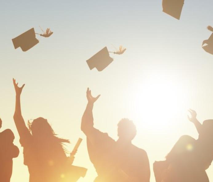 Direito, pedagogia e administração são os cursos mais procurados