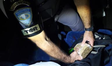 Homem de 24 anos é preso com maconha dentro de ônibus em Venceslau
