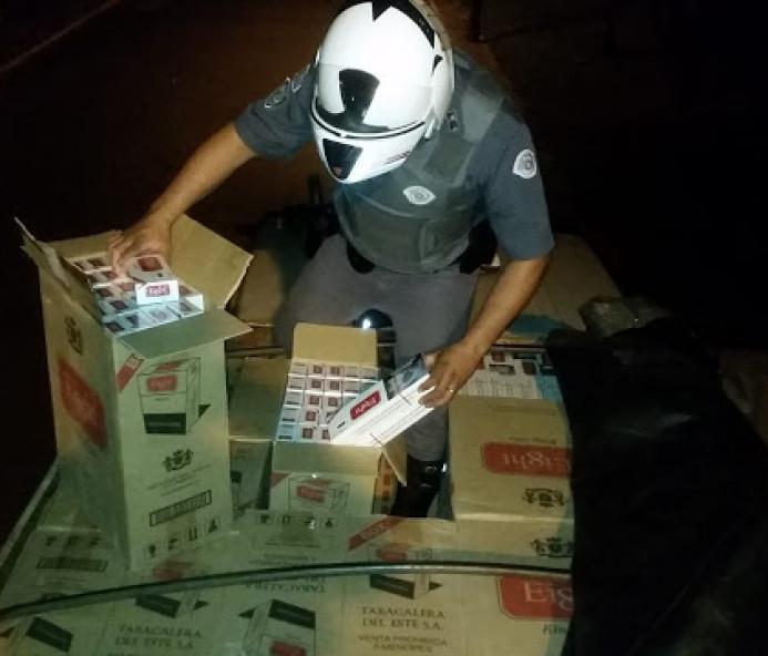 Caminhoneiro é preso com caminhão carregado de cigarros contrabandeados