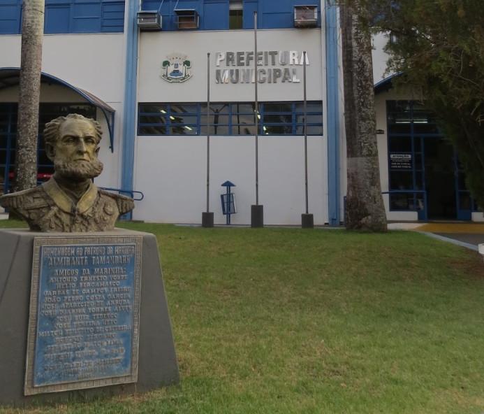Prefeitura de Epitácio concede 3,5% de reajuste salarial para servidores municipais