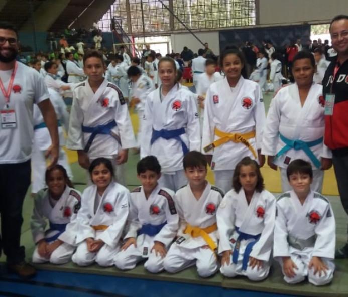 Venceslau garante medalhas e classificação para fase final do Paulista de Judô