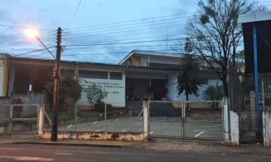 Raio atinge escola Cabral e deixa estudantes sem aulas nesta quinta em Venceslau