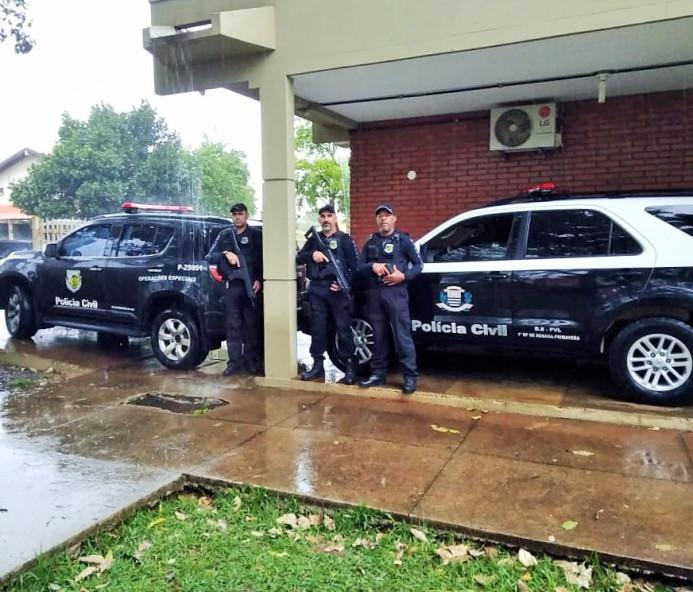 Polícia deflagra operação 'Pit Stop' contra tráfico de drogas