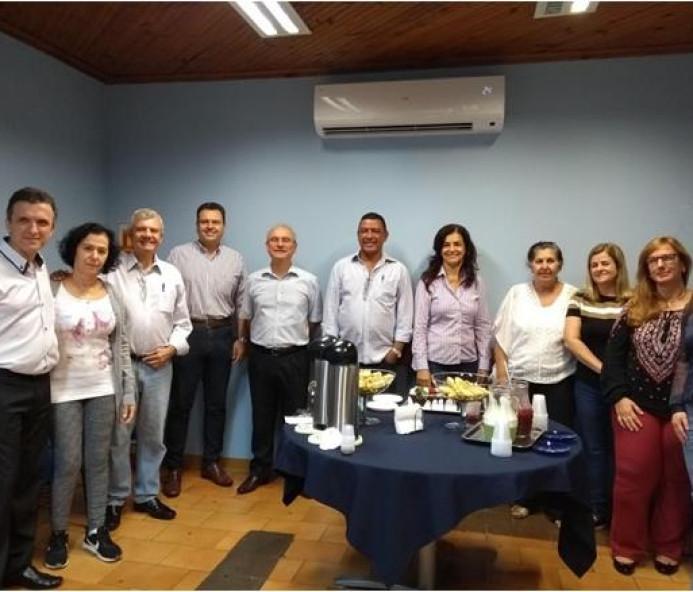 Café da manhã na Aciprev é oferecido para aniversariantes de maio