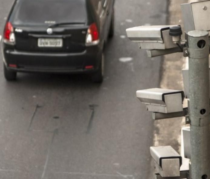 Ipem verifica radares instalados em rodovias da região