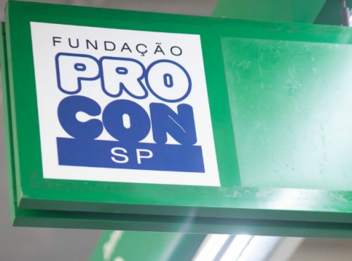 Procon-SP orienta cidadãos sobre a Black Friday